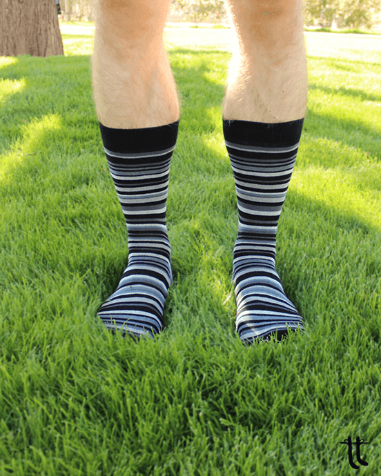 striped socks (grey)